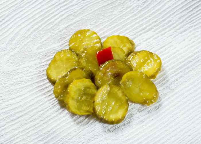 BREAD & BUTTER PICKLES <br>
